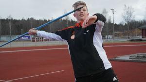 IF Raseborgs Lauri Wuorenrinne kastar spjut.