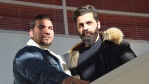 två män