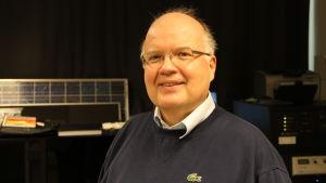 Peter Lund är professor i teknisk fysik vid Aaltouniversitet.