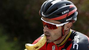 Samuel Sanchez har dess värre käkat något annat än bananer.