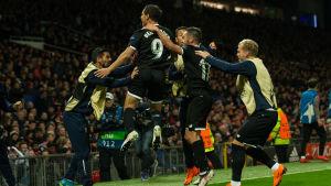 Wissam Ben Yedder jublar efter att hans mål fört Sevilla till kvartsfinal i Champions League