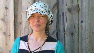 Textilkonstnär Sirpa Tuomaala från Tammerfors.