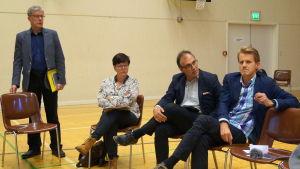 Rune Hagström, Annette Kronholm-Cederberg, Jan Levander och Peter Lindqvist.