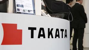 Takatas skylt i en Toyotaaffär i Tokyo