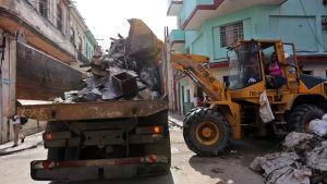 Röjningsarbetet och återuppbyggnaden kommer att ta månader på Kuba