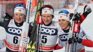 Ingvild Flugstad Östberg, Marit Björgen, Heidi Weng.