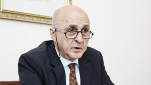 Turkiets ambassadör Adnan Başağa.