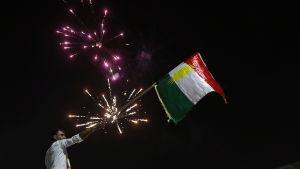 Jubel och fyrverkeri i Erbil