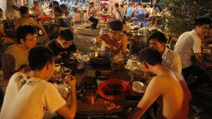 Hundköttsfestival i Kina