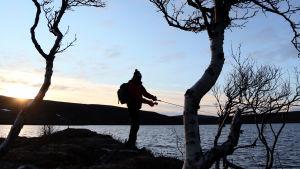 Vapakalastaja tunturijärvellä Utsjoella