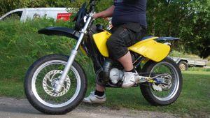 Man på moped