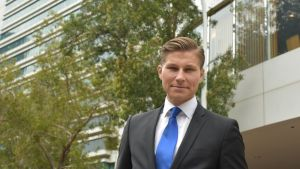 Justitieminister Antti Häkkänen i Hong Kong.