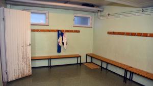 Omklädningsrummet i Katarinaskolan i Raseborg.