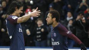 Edinson Cavani och Neymar firar.