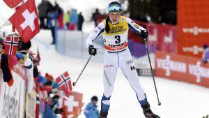 Krista Pärmäkoski i slalombacken i Val di Fiemme.