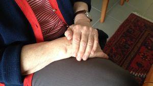 Äldre händer