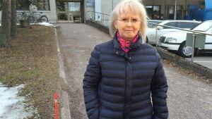 Riitta Skytt vid Dahls sjukhus hjälpmedelscentral