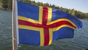 Ålands flagga.