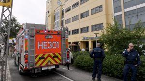 Flera personer fick symptom i luftvägarna på grund av en gasläcka i Brunakärr i Helsingfors den 17 augusti 2017.