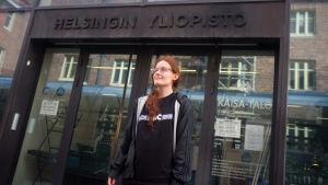 Aino Jauhiainen studerar vid Helsingfors universitet.