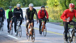 Tour de Östnyland 2017 på Gäddragsvägen i Borgå.