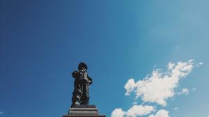 Pietari Brahen patsas Raahessa.