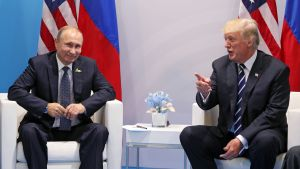 Vladimir Putin och Donald Trump träffas under G20-mötet i hamburg.