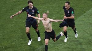 Domagoj Vida gjorde mål mot Ryssland och tog av sig tröjan.
