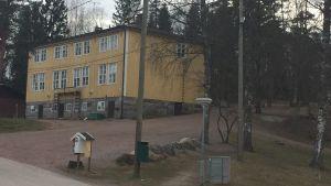 Ett av den finska Päivärinteen koulus skolhus.