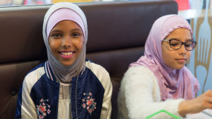 Aisha och Aalyah Ismail.