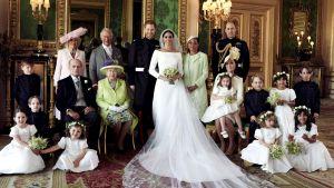 Från vänster till höger, börjandes från övre raden: Brian Mulroney, Remi Litt, Rylan Litt, Jasper Dyer, prins George, Ivy Mulroney, John Mulroney. På främre raden: Zalie Warren, prinsessan Charlotte och Florence van Cutsem.