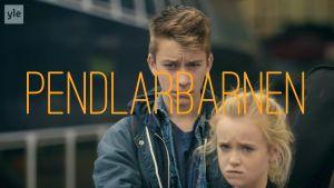 Flicka och pojke från dramaserien Pendlarbarnen