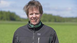 Fredrik Grannas, ombudsman för Österbottens svenska producentförbund ÖSP.