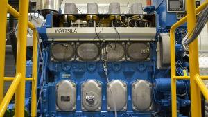 Wärtsiläs 4L20-motor i motorlaboratoriet på Brändö i Vasa.