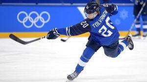 Eeli Tolvanen i Finlands OS-tröja.