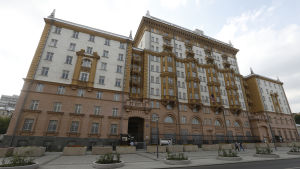 Ryssland skar nyligen ner på personalen vid USA:s ambassad i Moskva med 755 anställda