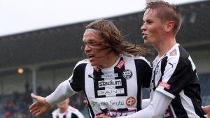 Mika Ääritalo firar mål