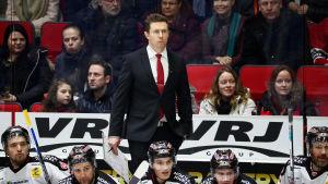 Jyrki Aho söker nytt jobb efter Ässät-sejouren på två säsonger.