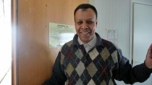 Abdul bor på asylmottagningscentralen i Kristinestad i väntan på besked om uppehållstillstånd.