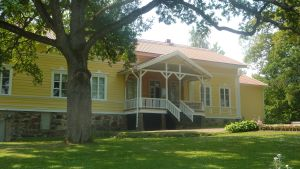 huvudbyggnaden vid lojo museum