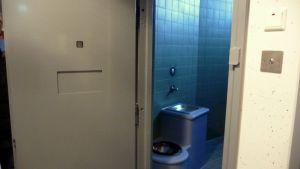 Cell i det nya polishäktet i Jakobstad