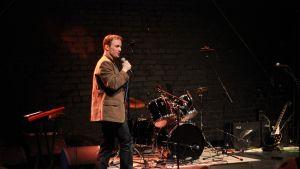 Kristoffer Holmberg var värd för Stagenight på Kulturhuset Karelia