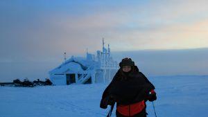 Elisabeth på skidtur i Pallas-Ylläs nationalpark