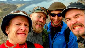 Neljä kaverusta Islannin armoilla