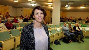 Pia Sundell talade för barnens rätt till en frisk inomhusluft.