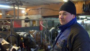 Niclas Sjöskog, mjölkbonde i Lillby, Pedersöre.