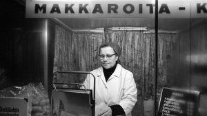 Nakkikioski Pohjoisesplanadilla 1973