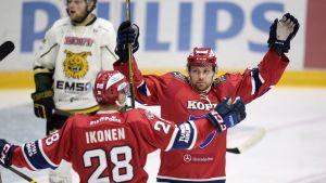 Jasse Ikonen och Arttu Luttinen var två av HIFK:s målskyttar.