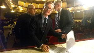 Joachim Thibblin och kontraktet med Svenska Teatern.