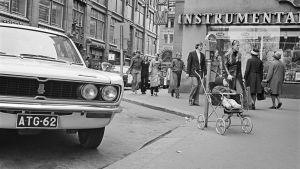 En parkeringsmätare på Mikaelsgatan i Helsingfors år 1971.
